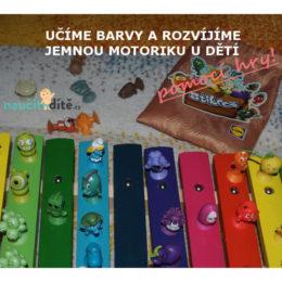 postavičky Stikeez z Lidlu nalepé na dětském xylofonu podle barvy